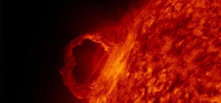 NASA advierte de tormenta solar que interferirá en comunicaciones diarias